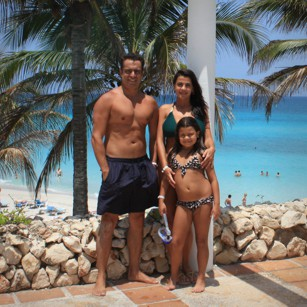 Omnimundi family picture inside a luxury hotel in Varadero beach in Cuba