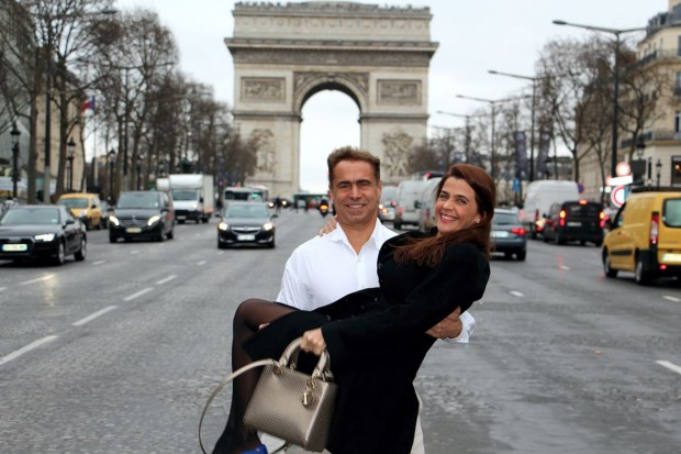 10 reasons why people travel for leisure - Paris Romance